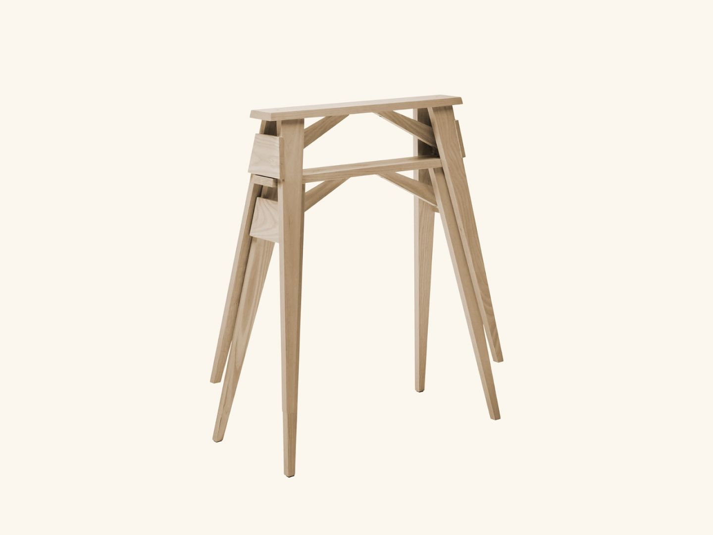 Arco Trestles (table) Oak