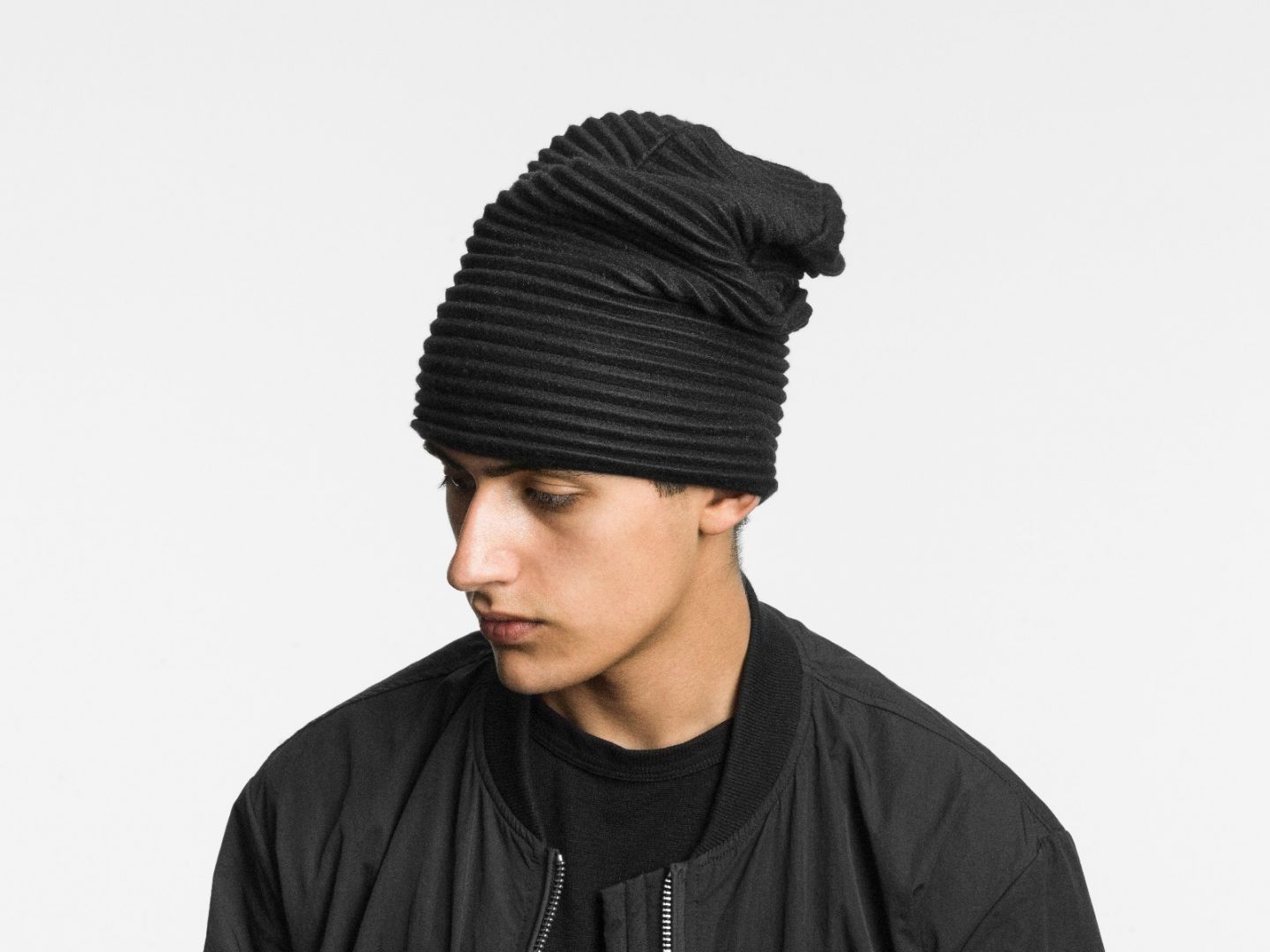 Pleece beanie hat Black
