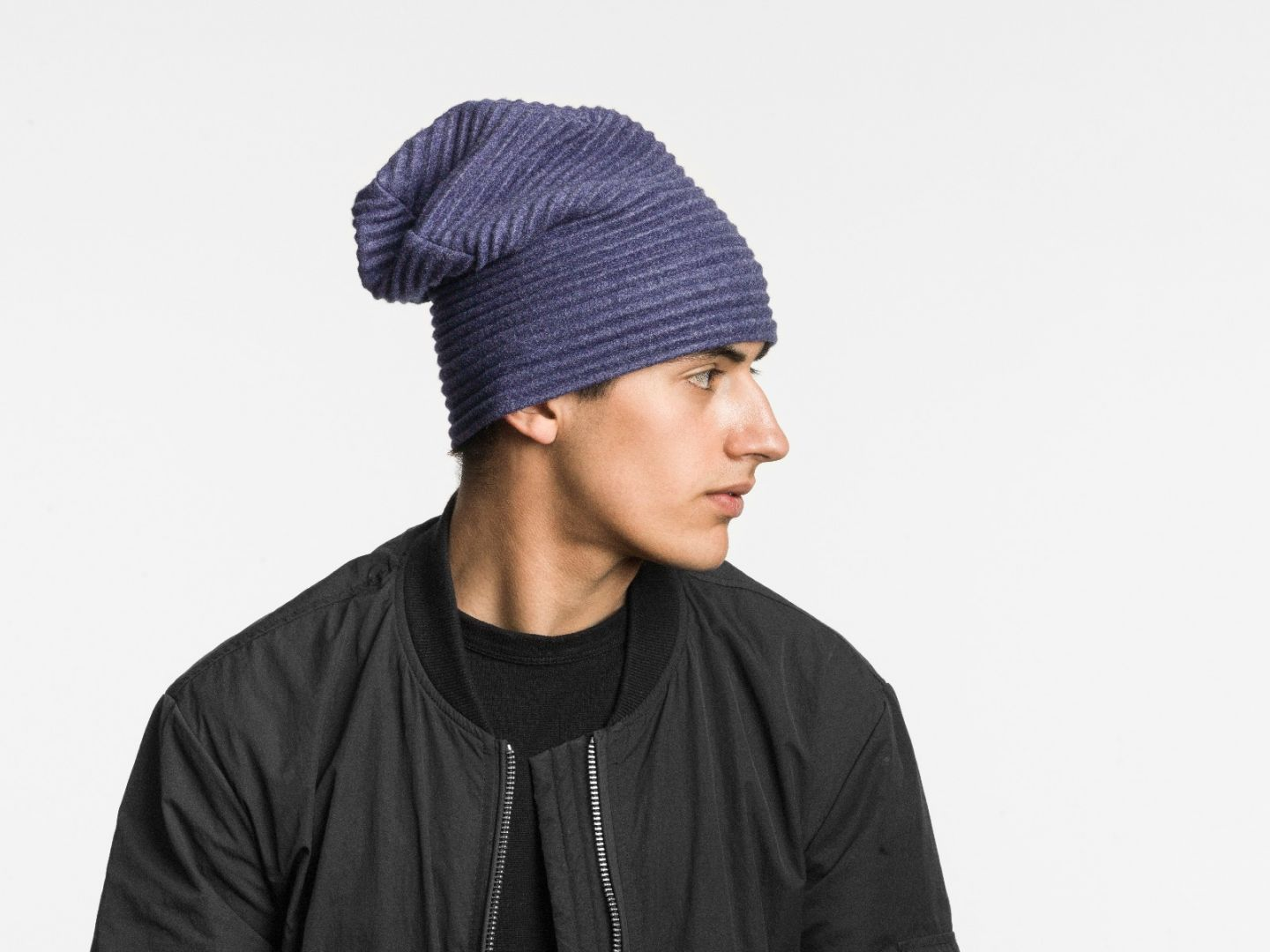 Pleece beanie hat Midnight blue