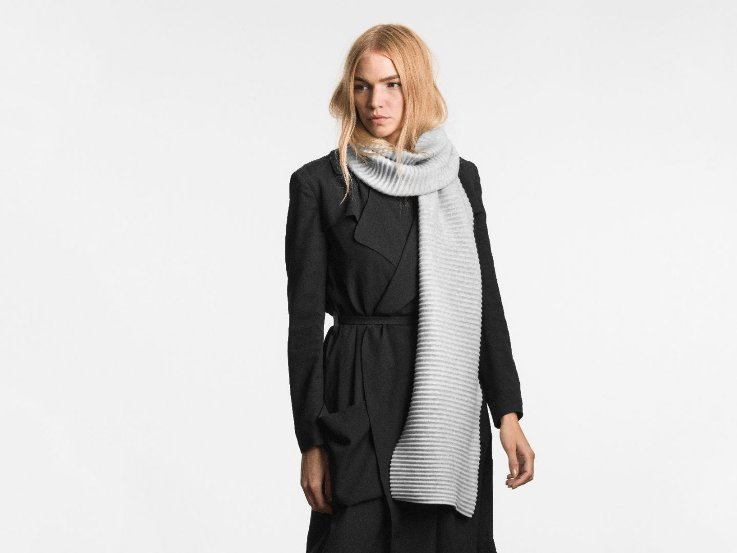 Pleece long scarf Light grey