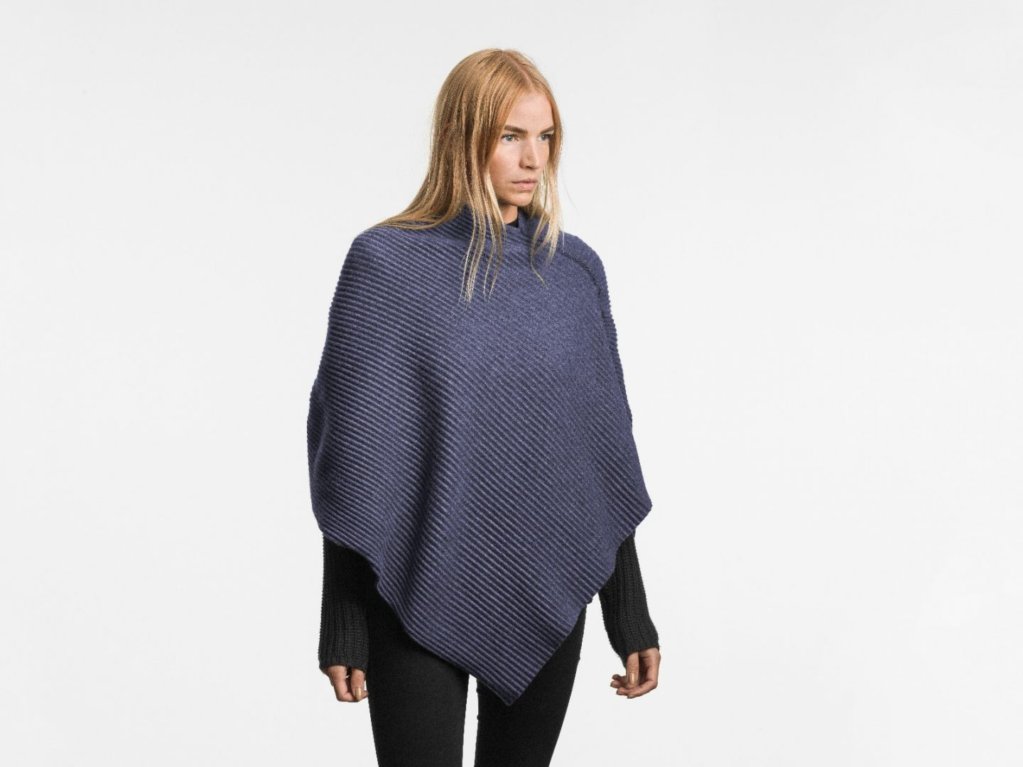 Pleece Poncho short Midnight blue