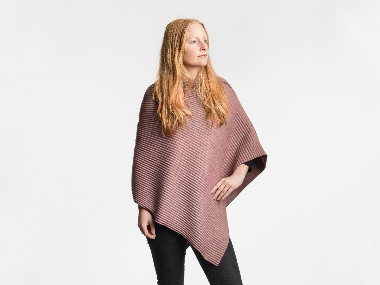 Pleece Poncho short Pink