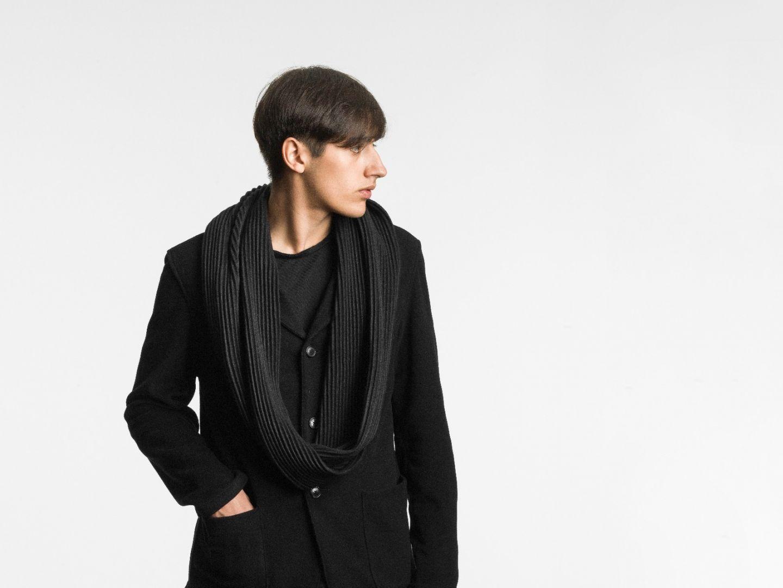 Pleece snood scarf Black