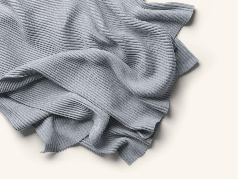 Pleece Thow Light grey